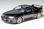 Nissan Skyline GT-R V Special Sportscar -- Plastic Model Car Kit -- 1/24 Scale -- #24145