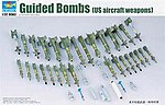 US Aircraft Weapons Set Air-to-Surface Missiles -- Plastic Model Diorama -- 1/32 Scale -- #3304