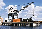 Pier & Traveling Crane Kit -- HO Scale Model Railroad Building -- #3067
