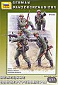 German Panzergrenadiers (4) -- Plastic Model Military Figure -- 1/35 Scale -- #3582