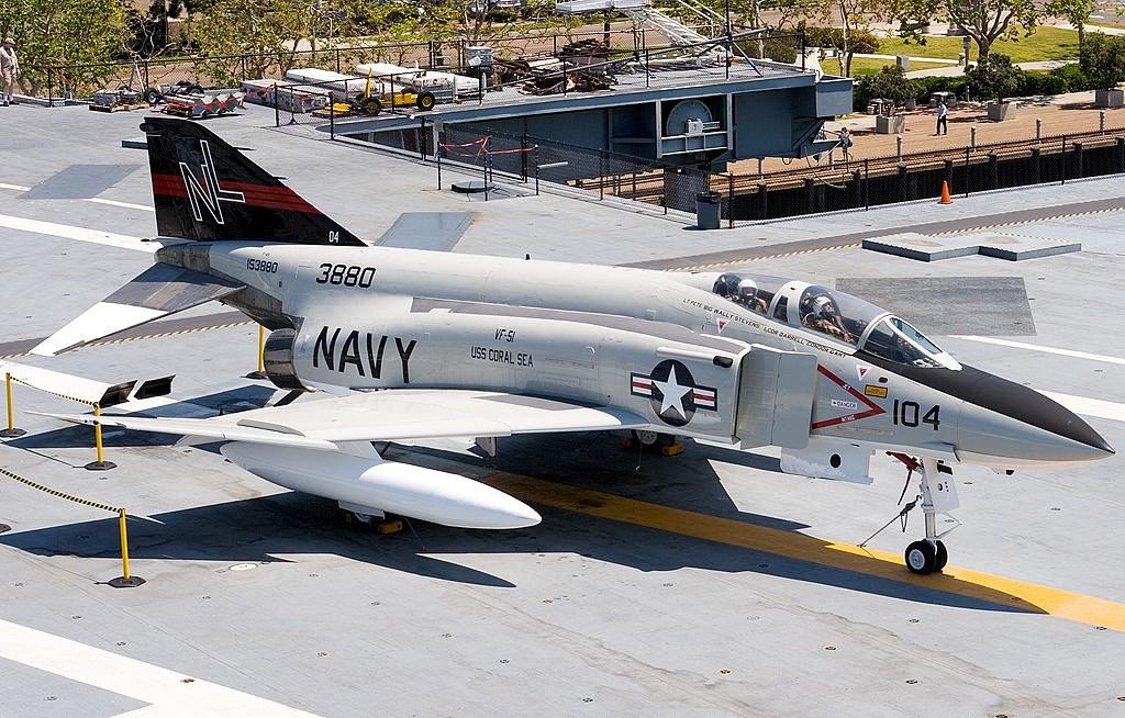 File:F-4S Phantom of VMFA-321 in 1987.JPEG - Wikimedia Commons