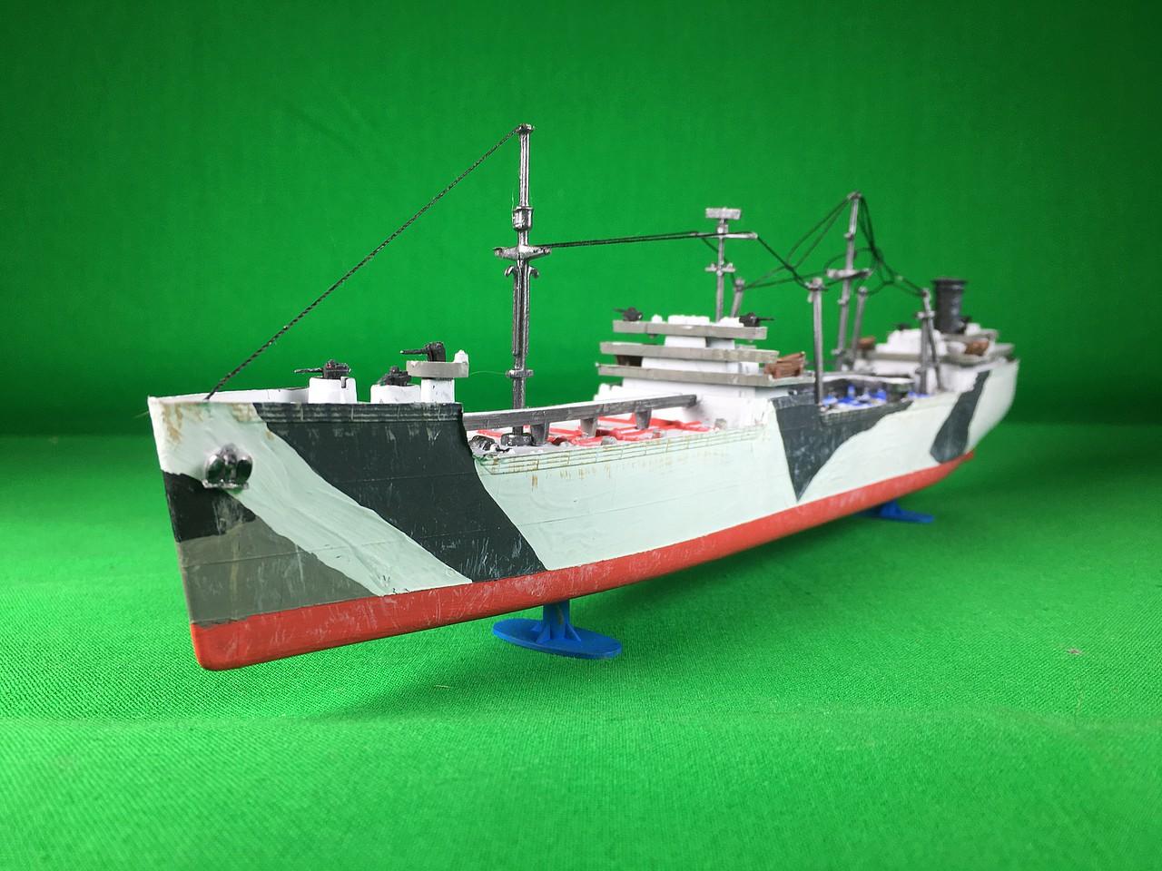 Lindberg Models 1//520 Navy Tanker HL438//12