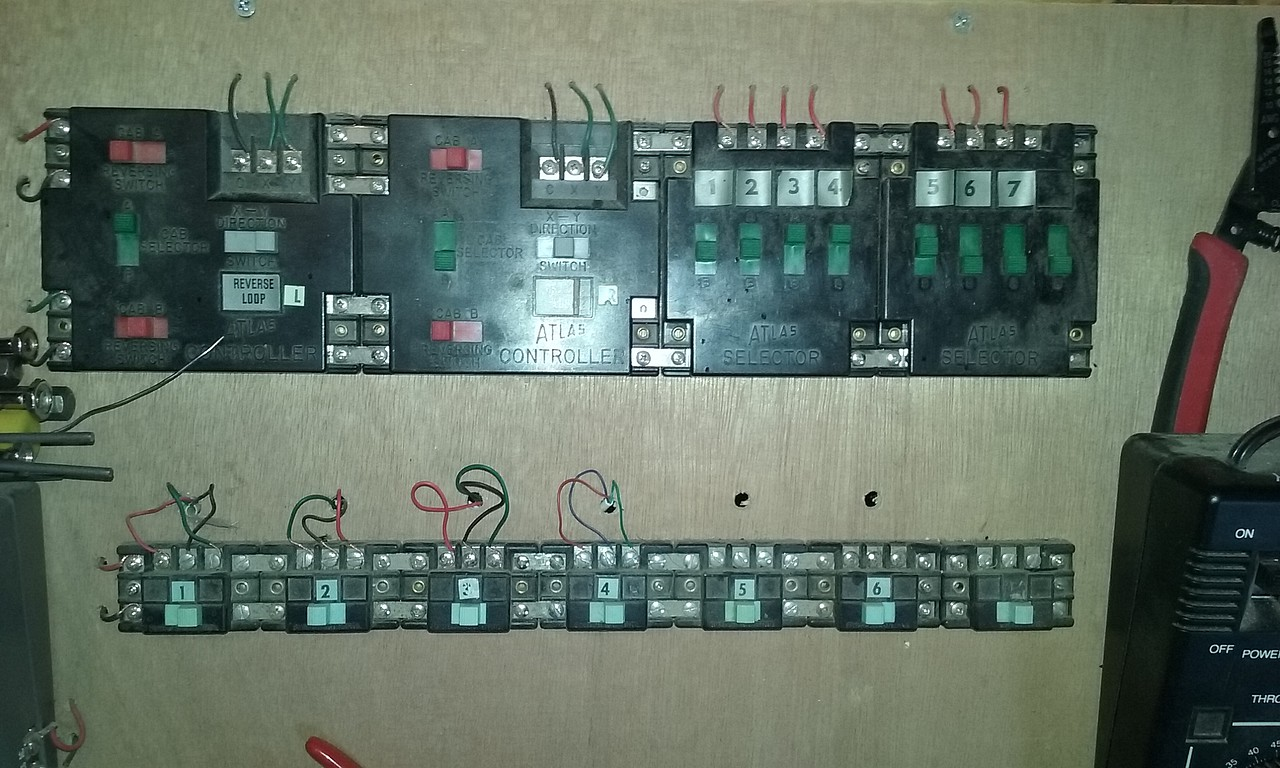 controller model railroad electrical accessory 220 pictures